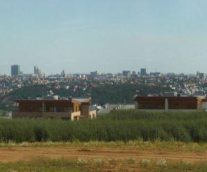 Moderní bydlení s výhledem na Prahu najdete i na kraji velkoměsta