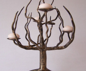 Kovaný nábytek přináší řemeslo i unikátní vzhled