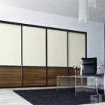 Kvalitní a moderní vestavěné skříně i kuchyně na míru seženete pohodlně na jednom místě. Víte kde?