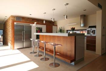 Zařizujete byt či dům? Vsaďte na trendy vestavěné skříně a funkční kuchyně na míru!